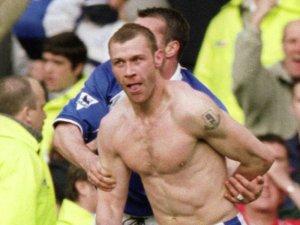 Duncan-Ferguson-celeb-v-Liverpool-2001_12290911